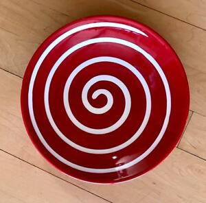 8-RARE-DISCONTINUED-SOLD-OUT-WAECHTERSBACH-CHERRY-RED-SWIRL-SALAD-PLATES