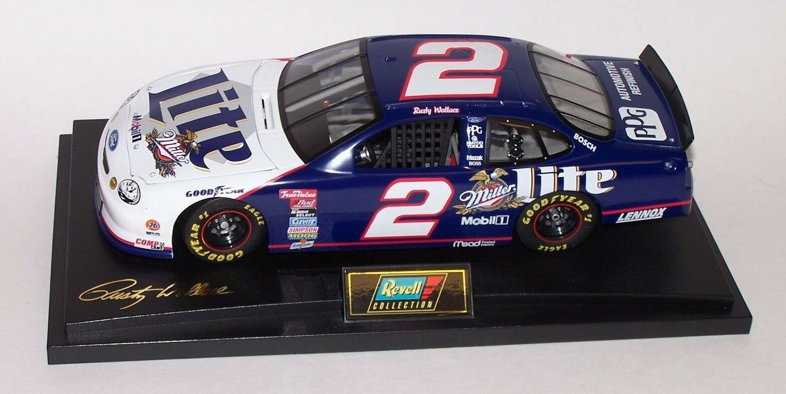 Rusty Wallace 1998  2 Miller Lite 1 18 Taurus Revell Action