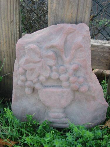 Kunst Sandstein Look Steinguß Wandbild Relief Traube Wein Glas A 03 ROT