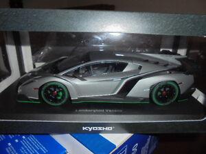 KYOSHO-09501GRG-Lamborghini-Veneno-grau-metallic-1-18-NEU-in-OVP
