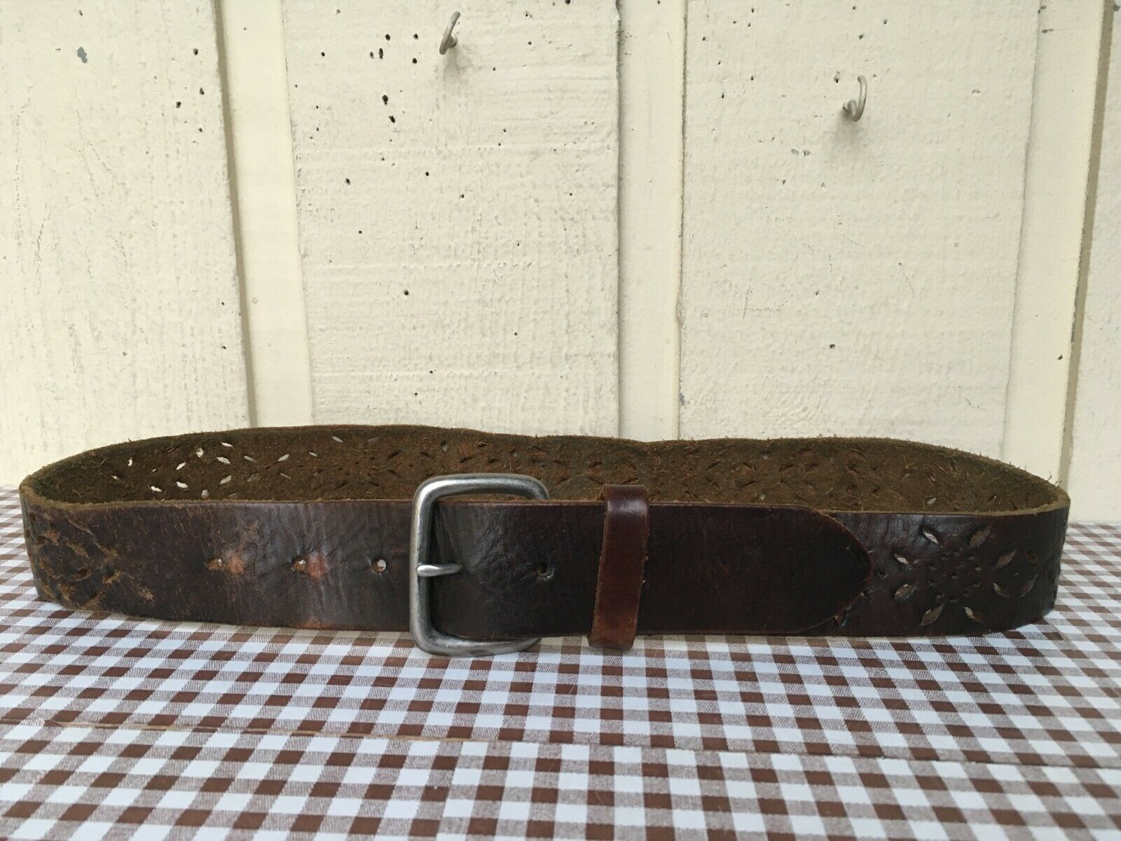 Handmade Women's genuine leather belt Size M/32-34.Brown.Tooled.
