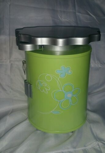 "AMERICAN GIRL GREEN SALON STYLING CADDY STATION for DOLLS 18"" in GUC FLOWERS"
