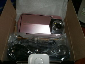 Casio-Exilim-Ex-TR150-digital-Camera-PK-Pink-NIB-China-93018B1-D