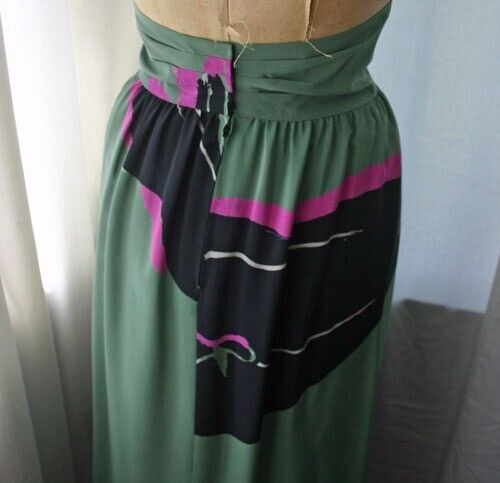 Vintage MICHAELE VOLLBRACHT High Waist Silk Skirt… - image 4