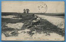 CPA: Tirailleurs utilisant une ligne d'abri / Guerre 14-18 / 1916
