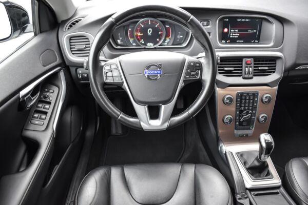Volvo V40 CC 2,0 D3 150 Momentum - billede 5