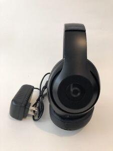 Beats-by-Dr-Dre-Studio2-Wireless-Headphones-Matte-Black-Fair-Condition
