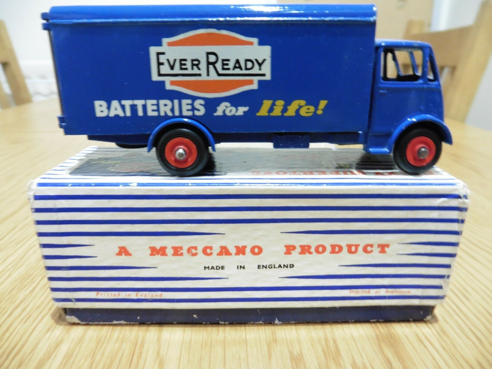 Very Rare Dinky Supertoys 918 Guy Van 'Ever Ready' Boxed 1955-1958