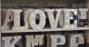 LED-Holz-Buchstaben-A-bis-Z-amp-und-Zahlen-0-9-weiss-Licht-Hochzeit-Geburtstag
