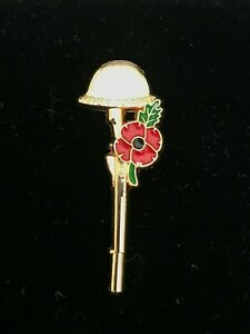Gun Helmet Veteran Day Poppy Lapel Pin