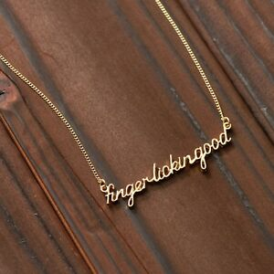 Kentucky-Fried-Chicken-KFC-Limited-Finger-Lickin-039-Good-Necklace-VALENTINE-DAY