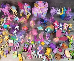 HUGE Lot of 30+ My Little Pony Ponies, CASTLE, Bow, Necklace, Many Accessories!