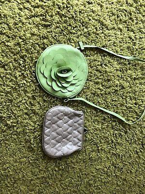 2 Belle Ragazze Handbags-mostra Il Titolo Originale Prevenire I Capelli Da Ingrigire E Utile Per Mantenere La Carnagione