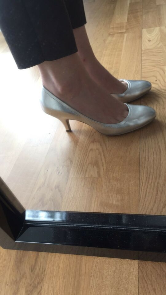 Pumps, str. 37, Zara