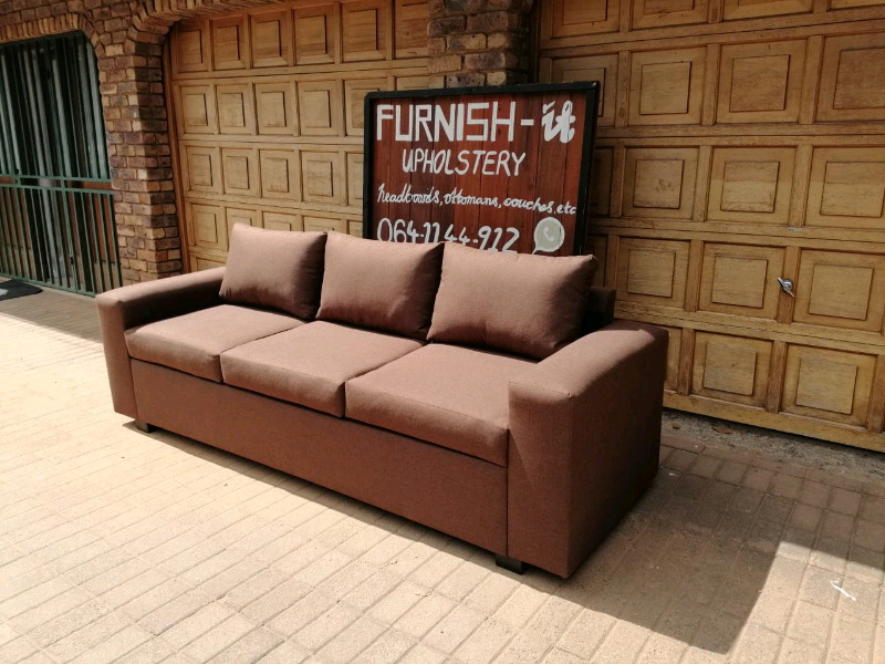 Linen Loose Cushion 3 Seater R3000