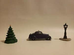 Hallmark Keepsake Ornament 3 Ornament Set Accessories for Collector's Series