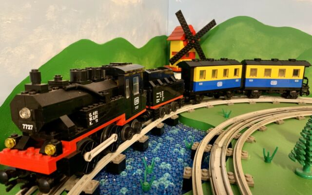 88011 Lego Genuine City RC Train Powered UP 9V Motor NEW