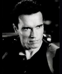 6-Original-Pressefotos-ERASER-mit-Arnold-Schwarzenegger-G-11497