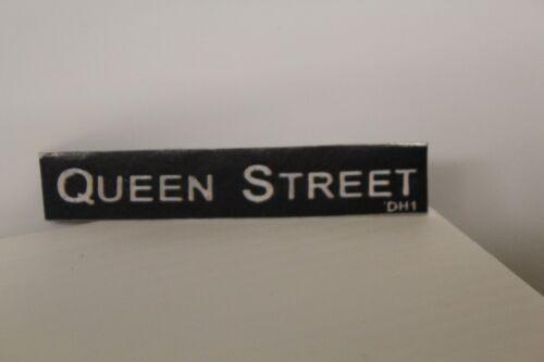 Metal Road Sign = QUEEN STREET DOLLS HOUSE