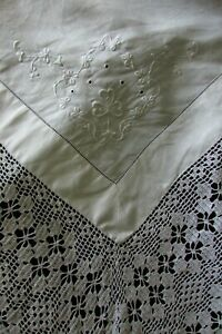 Beautiful-Antique-French-Lace-Embroidered-Fil-de-Lin-Fine-Linen-Tablecloth-c1900