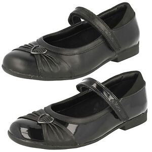 35bda3a357f72c Image is loading SALE-GIRLS-CLARKS-DOLLY-HEART-BLACK-LEATHER-RIPTAPE-