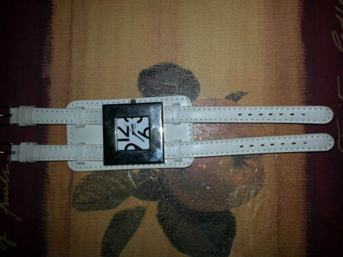 c5928530158f 6 of 8 Watches 5 All Quartz .1 Softech