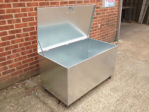 Galvanised Steel Bin Rodent Proof Rubbish Storage
