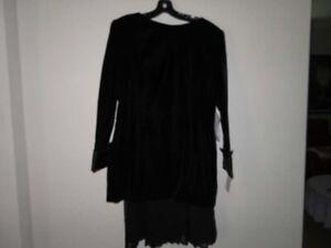 Saks-Fifth-Avenue-Gillian-Ladies-Black-Evening-Suit-Gown-Size-14-370-00
