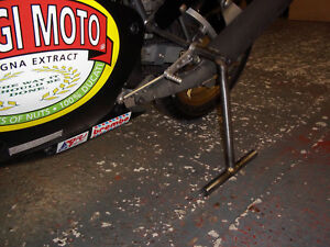 Classic-Racing-Prop-stand-Ducati-paddock-stand