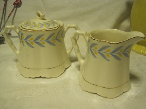 VTG W S George Radisson Covered Sugar Bowl&CREAMER Yellow Tulips WBlue leaves
