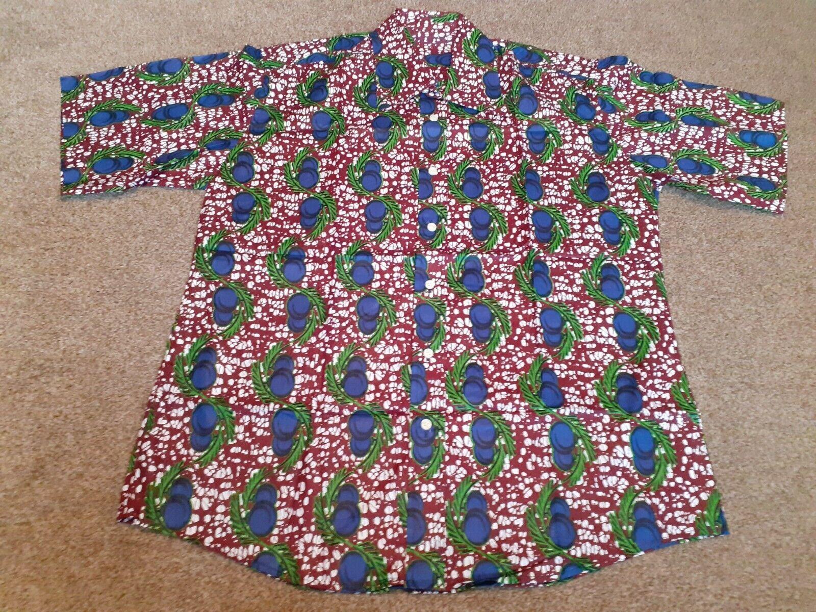 Men Premium Smart African Fabric Shirt, short sleeves 53MSSS9
