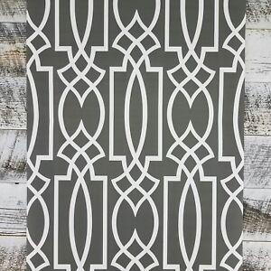 York-Gray-Lattice-Watercolor-Geometric-Modern-Geo-Trellis-Charcoal-Wallpaper