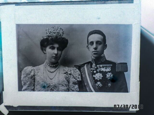 Original Vintage Glass NEGATIVE of King Alfonso XIII and Queen Victoria Eugenia