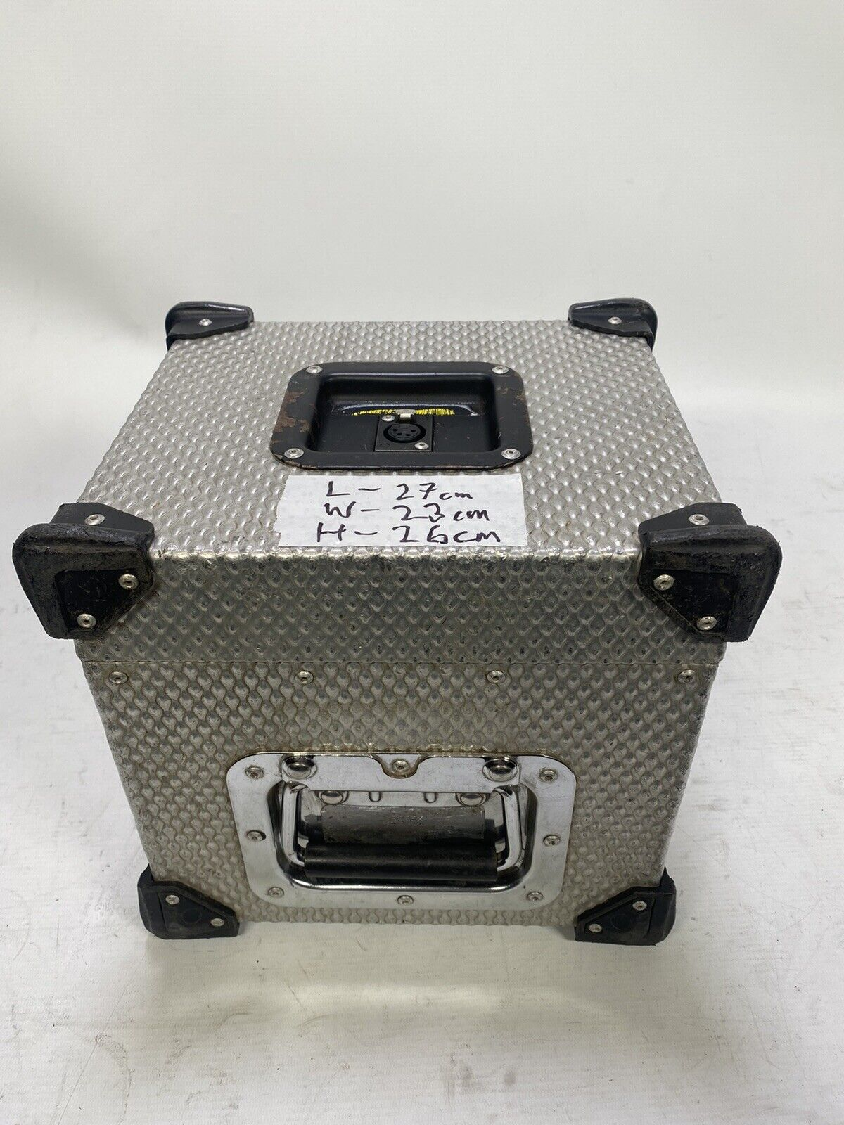 Flight case for 12v block battery with 4 pin XLR output