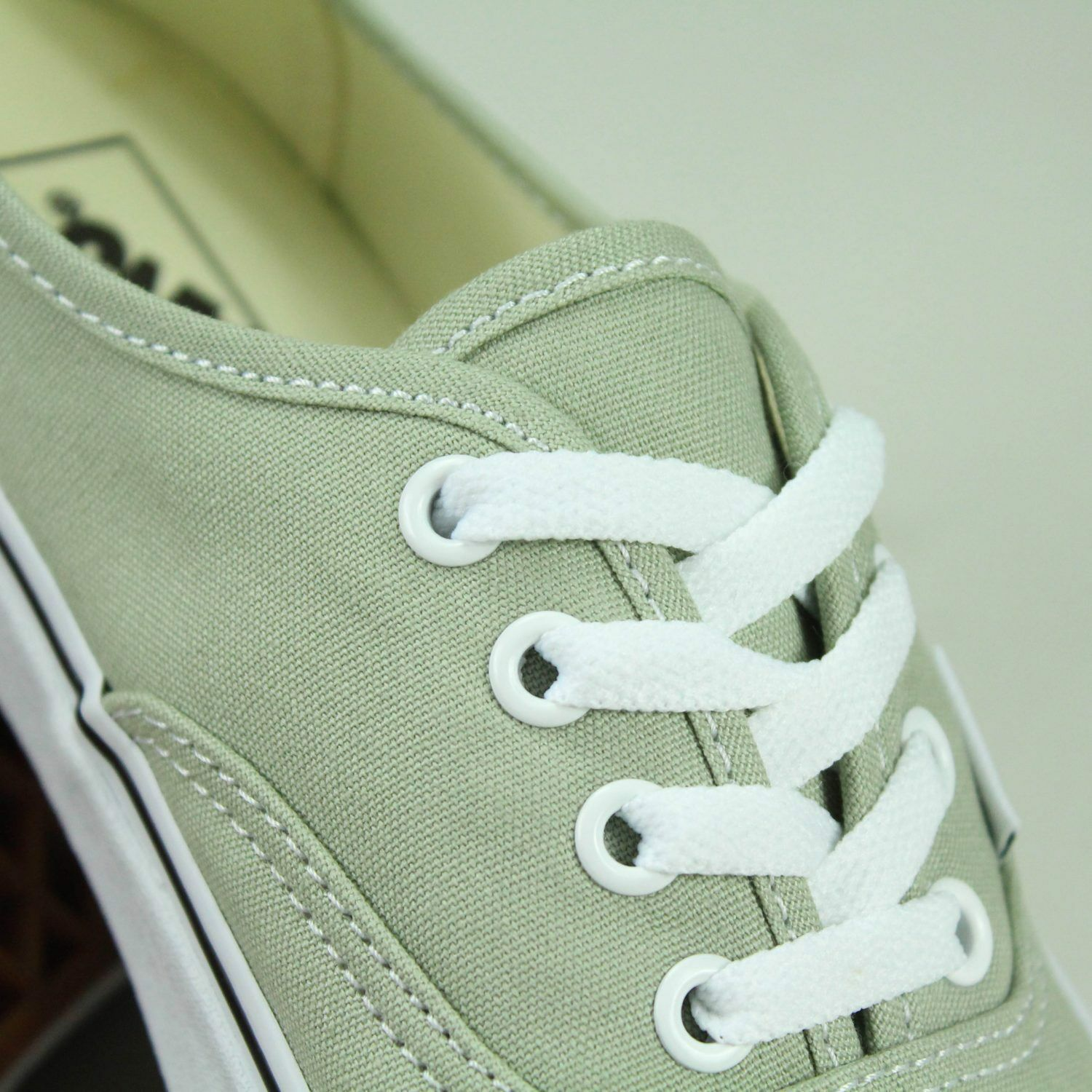 Vans Authentic Trainers in Desert Sage Brand New in Trainers box UK Größes 4,5,6,7,8,9,10,11 65d2ba