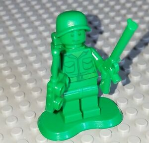 Lego Green Army Man 7595 Medic with Backpack Toy Story Minifigure