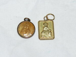 Vintage-Catholic-Medals-French-Anne-Debeaupre-Pray-for-Us-and-Mother-Mary