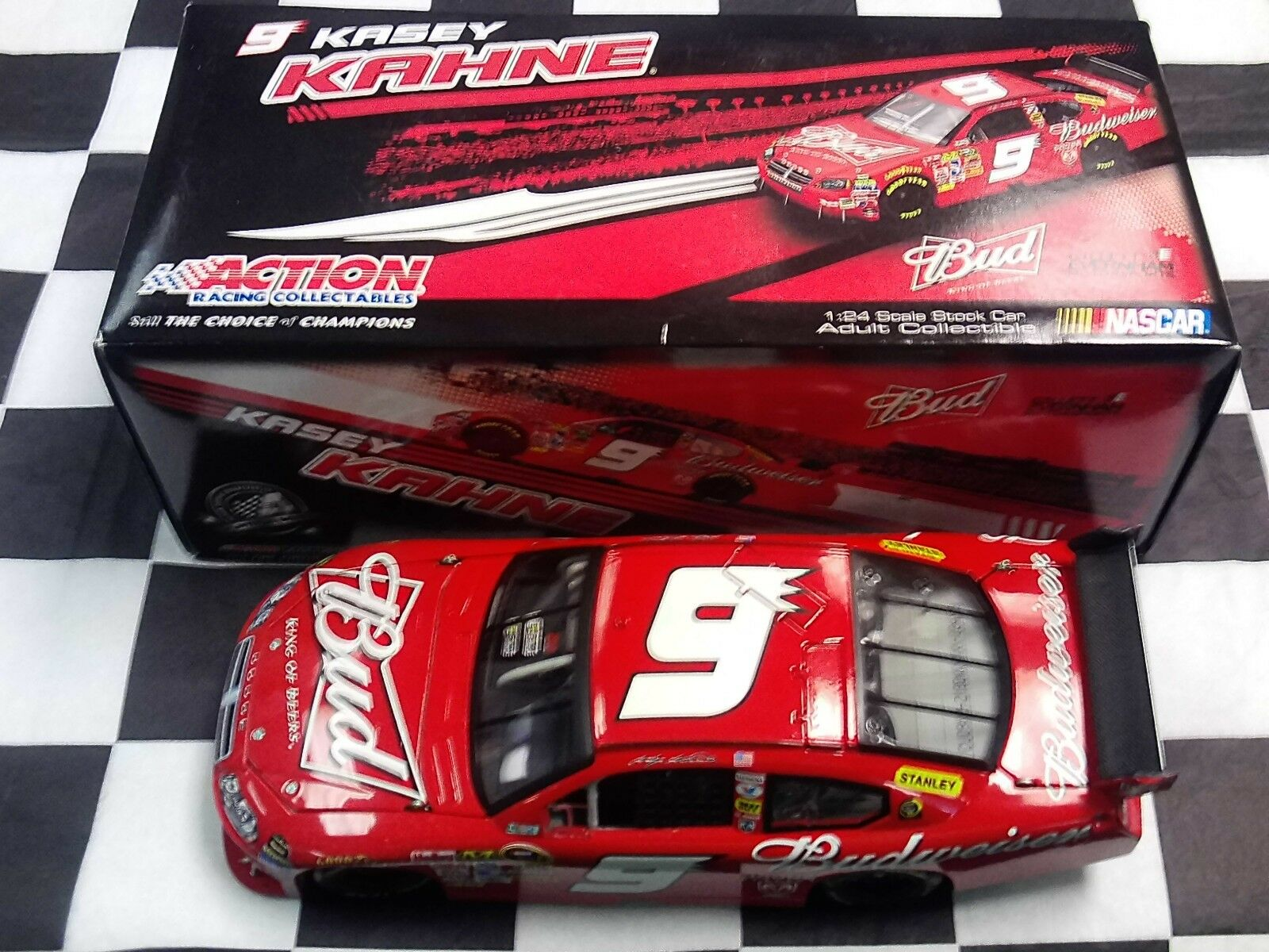 Kasey Kahne  9 Budweiser 2009 Chargeur 1 24 scale NASCAR Action CX 99821 bdkk NEW IN BOX