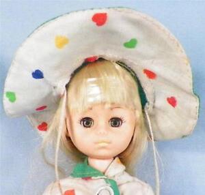 Vintage-Vogue-Ginny-Doll-Vinyl-in-Raincoat-Hat-Boots-Blonde-1977-Lesney