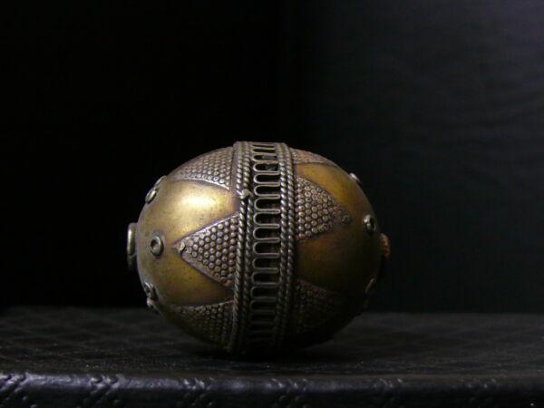(ec001) Himalaya: Old Tribal Silver Gold Washed Handmade Bead