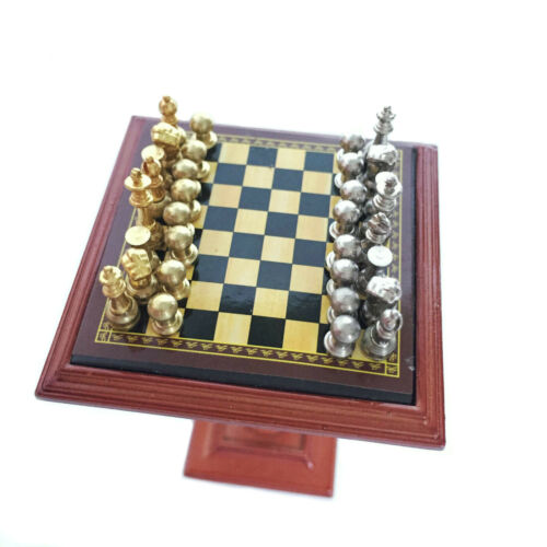 Miniature Chess Set and Table Magnet Chess Pieces 1:12 Dollhouse Accessories