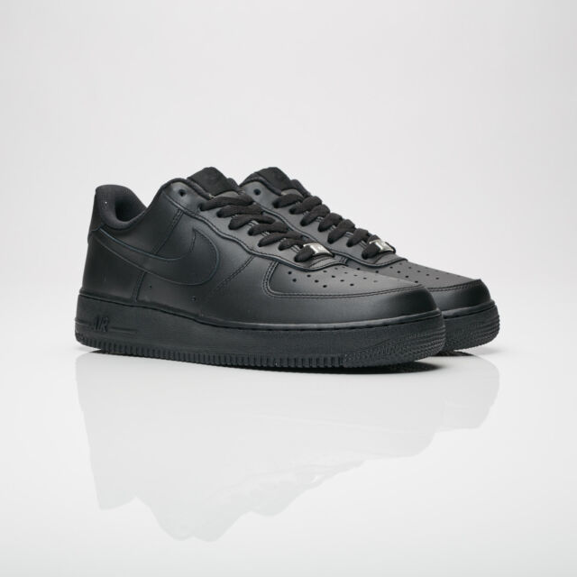cheaper 761c8 5dd27 New Mens Sz 8-14 Nike Air Force One 1 Low Top Triple Black 315122 001
