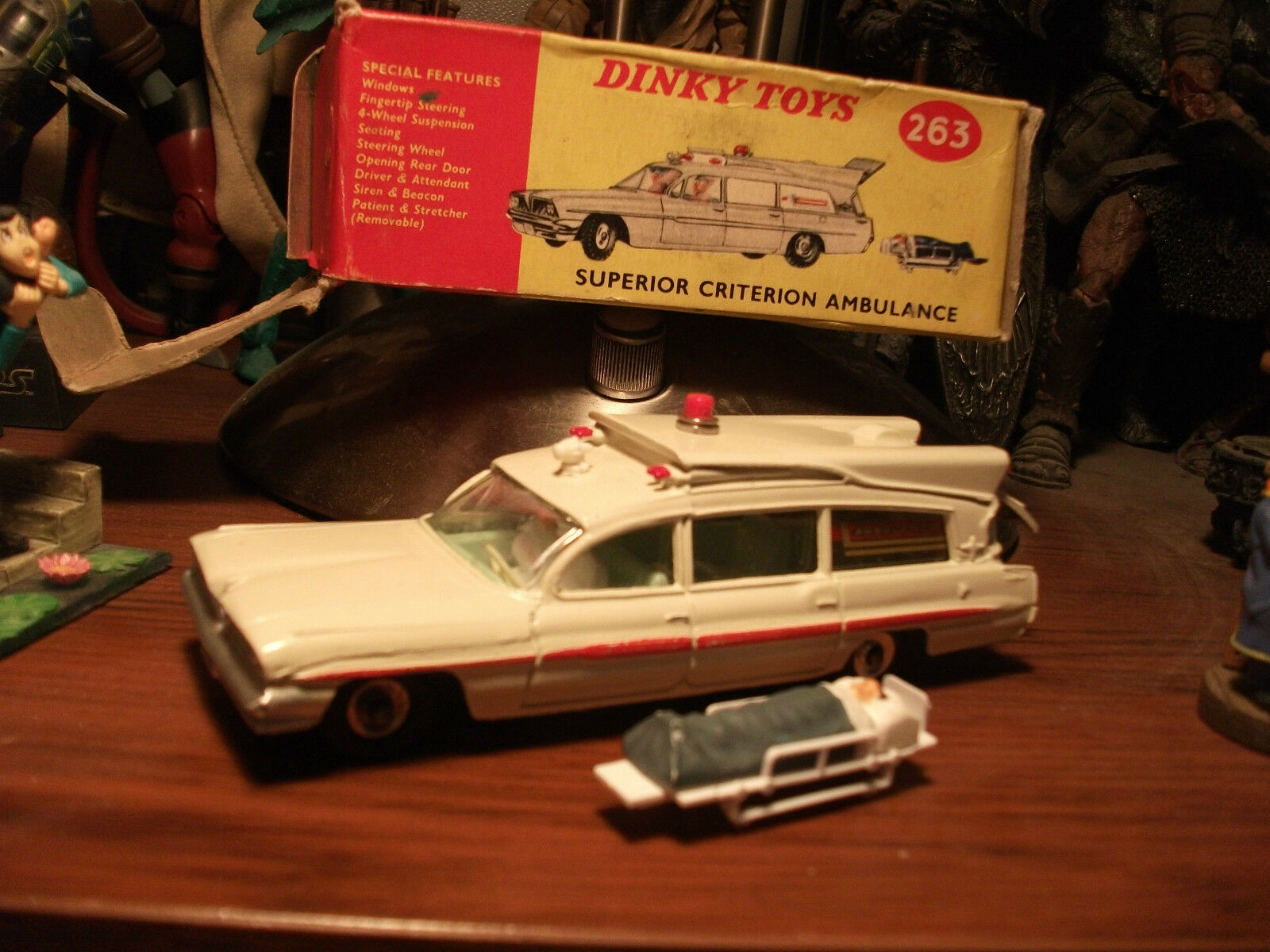 Ambulanza Superior Superior Superior Criterion by Dinky Toys n. 263 84c68c