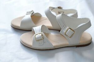 Details about Clarks Bay Primrose White Leather Ladies sandalsflats size 4.537.5 D New