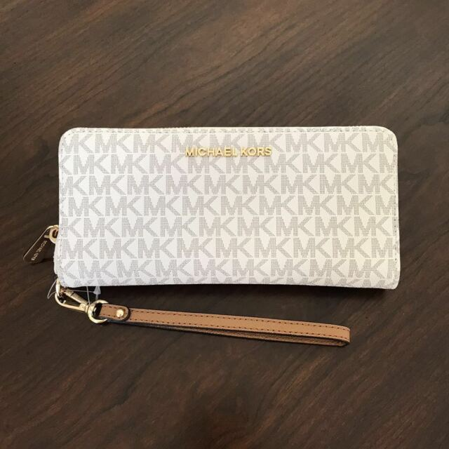 95d0557f2cce NEW Michael Kors Vanilla PVC MK Signature Jet Set Zip Around Wallet Wristlet