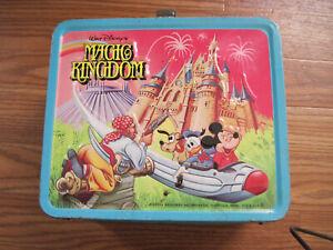 Vintage-1979-MAGIC-KINGDOM-Metal-Lunchbox-w-Thermos-by-Aladdin