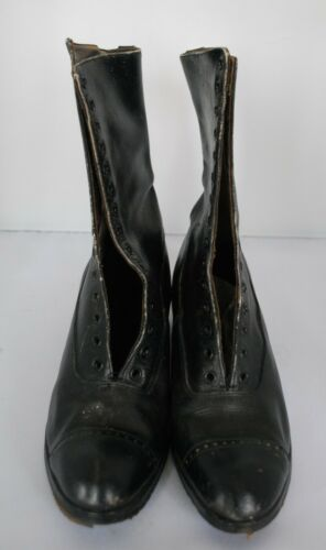 Antique 1920s Ladies Black Leather Lace Up Boots ~