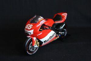 Minichamps-Ducati-Desmosedici-GP3-2003-1-12-65-Loris-Capirossi-Marlboro-AK