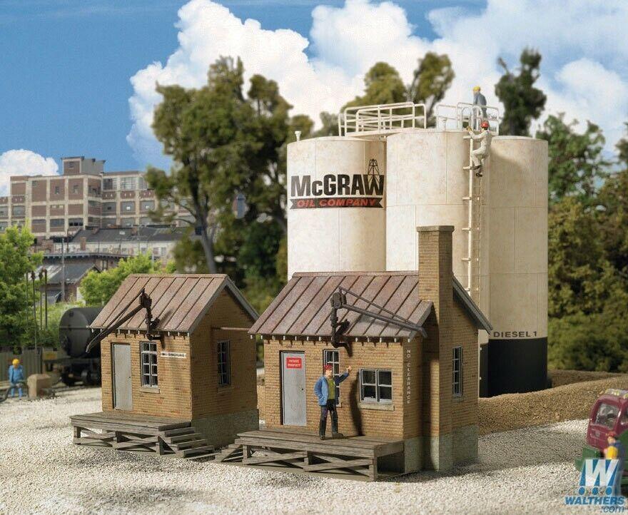 HO Scale - WALTHERS CORNERSTONE 933-2913 McGRAW OIL COMPANY - KIT