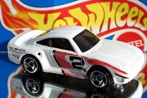 1997 hot wheels figure 8 racers porsche 959. Black Bedroom Furniture Sets. Home Design Ideas